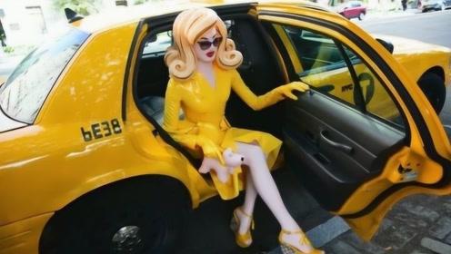 """国外的女子扮成""""塑胶娃娃"""",引领时尚新热潮,网友:难以接受啊!"""