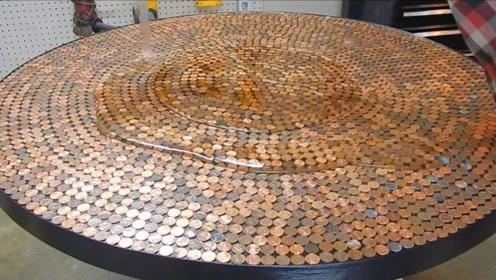 老外用硬币来做地板?制作完成后,效果太惊艳!