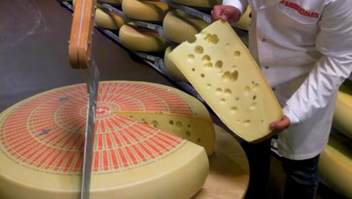 猫和老鼠中的奶酪是怎么制作出来的?老外实拍制作过程,看完口水都湿了衣襟