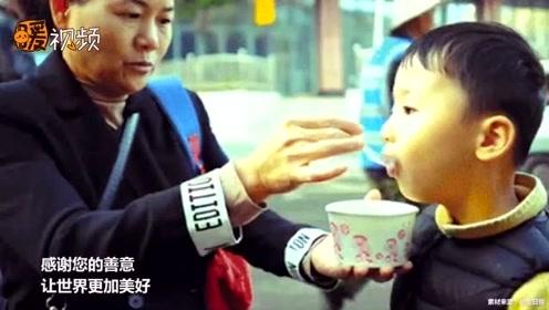67岁老人卖豆腐脑33年来只卖1元钱 背后原因让人泪目
