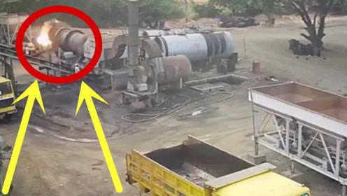油罐车一声巨响,工人从火焰里跑出来,老板吓得一身冷汗!