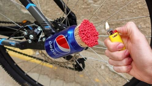 用火柴制作一个火箭发射器安装到自行车上,能上天吗?小伙实测结果有些意外