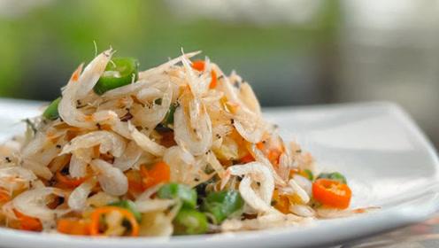 天天用虾皮炒菜 你知道虾皮也分生熟吗?