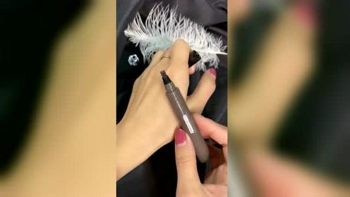 根根分明的眉毛原来是用这个神器画出来的,手残也能画出好看的眉毛