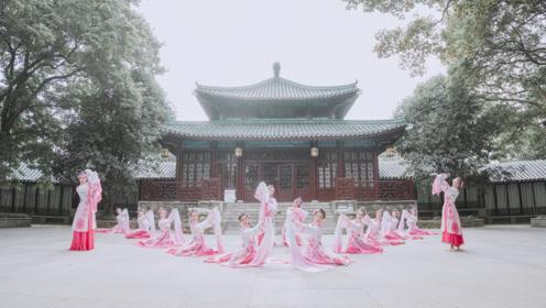 结合中国民间戏曲,跳一支《赤伶》
