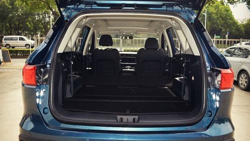 这家国产认真了!7座中型SUV仅6.99万,颜值顺眼,家用确实很实在