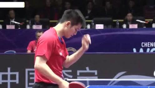 男子世界杯-樊振东最后一局连得七分+张本智和发球自杀 樊振东4-2夺冠