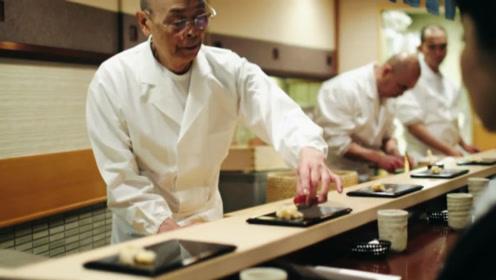 """94岁日本的""""寿司之神""""被米其林摘星,原因令人尴尬,网友却直呼痛快!"""