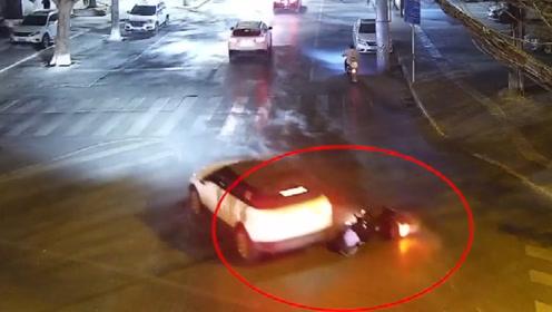 西安莲湖交警公布22起交通事故视频,警示道路交通安全