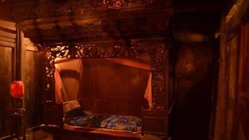 """古代人发明了放在床后的""""春凳"""",看完才知道是为了舒服用来干这事的!"""