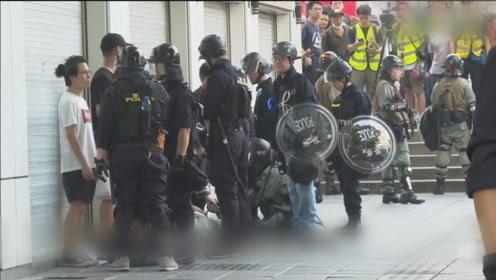 香港保安局局长:修例风波至今 有四成被捕者是学生
