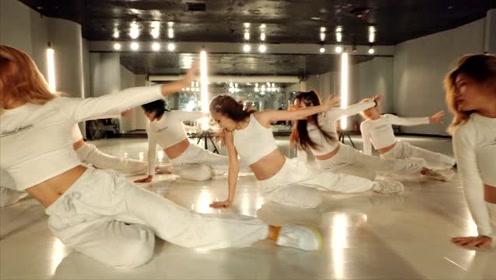 三个月高强度集训,零基础的你一样能成为舞蹈老师哦!
