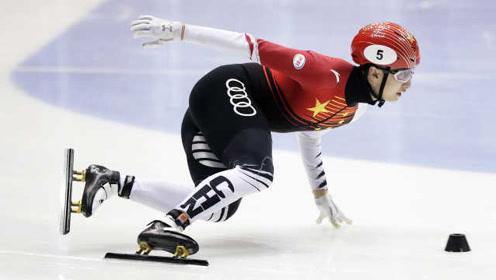 最后一弯意外摔倒,武大靖500米决赛获银牌