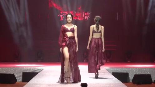纹路清新的复古红色,尽显美女优雅十足,魅力无限!
