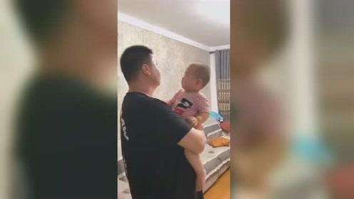 小宝宝:爸爸,刚才是什么玩意,唰的一下就过去了!