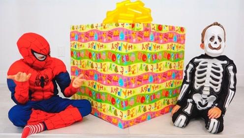 一家三人去参加生日会,准备礼物当惊喜,还吃了生日蛋糕!