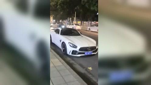 奔驰AMG GT跑车,白色好看!