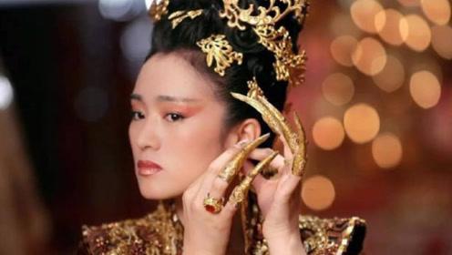 """为什么古代妃子喜欢戴""""指甲套""""?除了护甲,还另有妙用!"""