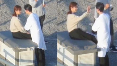 肖战拍戏偶遇杨紫,大喊:你怎么在这?杨紫反应够我看十遍