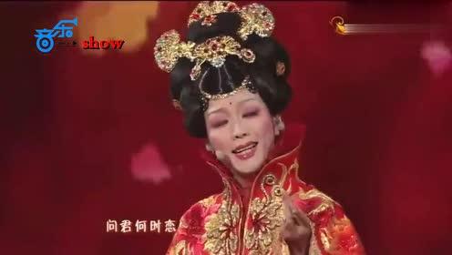 厉害了李玉刚!海外巡演现场爆满,泰国公主献花,加总理写信支持