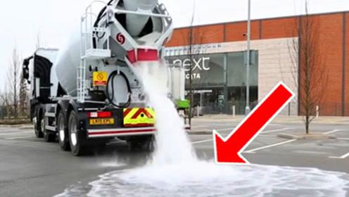 最会喝水的马路,60秒喝光4吨水,发洪水都不怕!