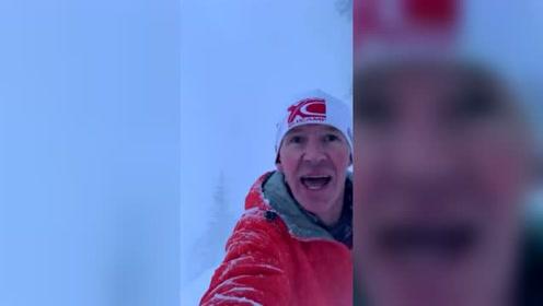 加拿大一男子湖边跑步突遇雪崩 自拍记录逃跑过程