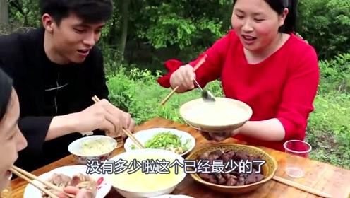 家里帅哥来做客,胖妹做了一桌子硬菜,5斤五花肉吃香了!