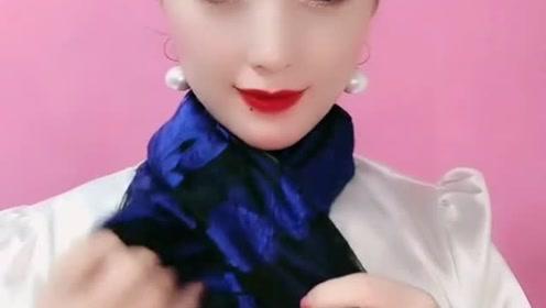 深蓝色围巾这样系,简约又大方,超级好看