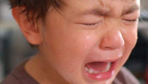 """孩子哭闹到底要不要哄?这个年龄是""""分水岭"""",一旦超过最好别哄"""