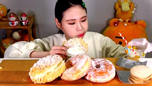 动手吃甜点:吃美味甜甜圈