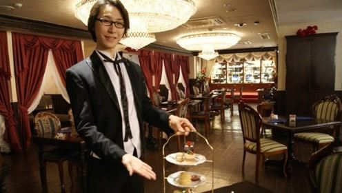 女仆咖啡馆还不够梦幻?日本又开执事咖啡厅,众美男寸步不离贴身服侍!