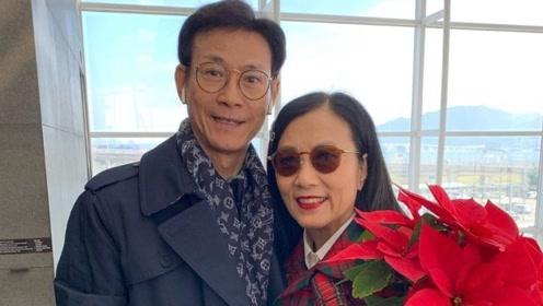 郑少秋汪明荃同框,40年前荧幕情侣相聚,还是记忆里的秋官