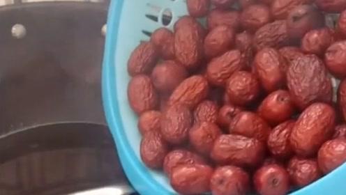 我们新疆人的吃法,油炸大红枣,别有一番口感!