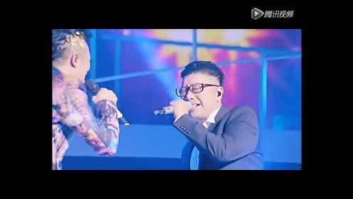 庞龙助阵凤凰传奇跨年演唱会