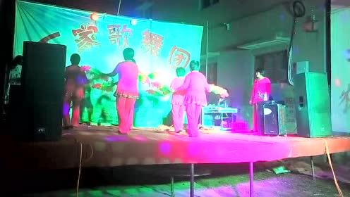 中牟县黄店镇油坊王村广场舞《绿旋风》