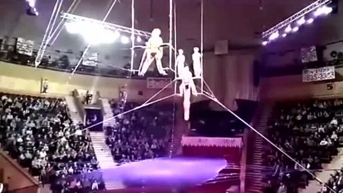 白俄罗斯女飞人表演失手 12米高空坠落头着地