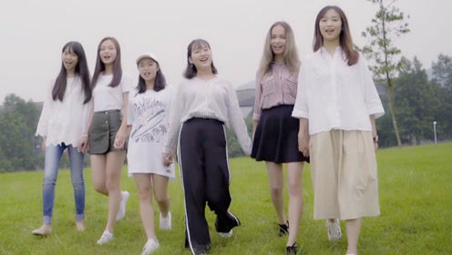 八位美女用八种语言翻唱《追光者》一开口就被惊艳了