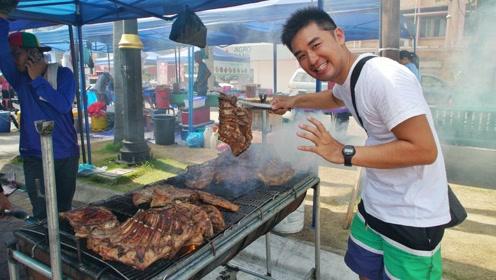 马来西亚街头小吃,香喷喷的烤山羊肋排