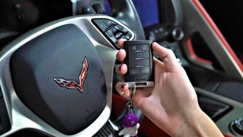 国内罕见的克尔维特Z06,看看车内按键是如何操作的,有何不同呢?