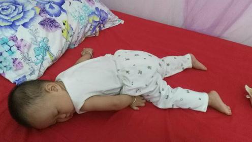 宝宝睡姿促进智力发育?其实从这几方面着手,宝宝会越来越聪明!