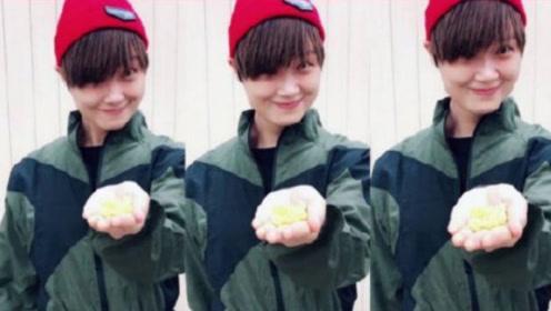 李宇春摘蘑菇变玉米,暗示自己的新专辑归来,趣味十足