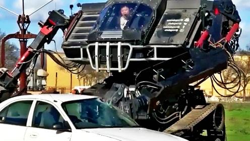 霸气,有了这种机器人,再也不用担心没有车位了!