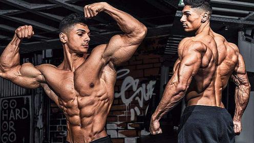 22岁健身网红日常训练 坚持超强度背部增肌!