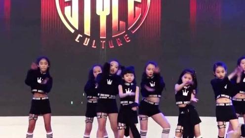 9岁少儿爵士舞翻跳经典电音舞《boom》,超酷超有范儿!