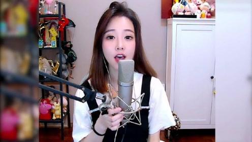 冯提莫:直播翻唱《美人鱼》,甜美声线超迷人,网友直呼开口跪!