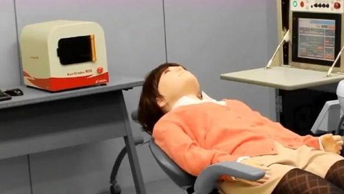 日本美女机器人爆红,太过逼真,被弄疼了还会哭!