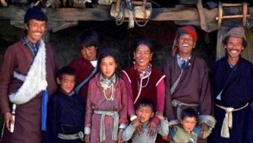 """尼泊尔的""""一妻多夫""""制,傍晚到底是怎么相处的?网友:接受不了"""