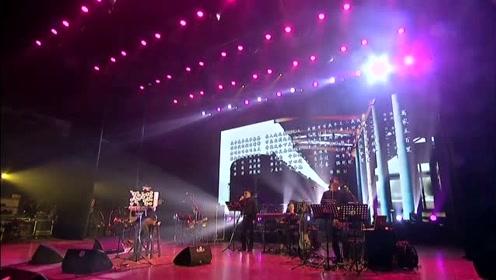 庞龙沈阳演唱会-《离家五百里》献给家乡