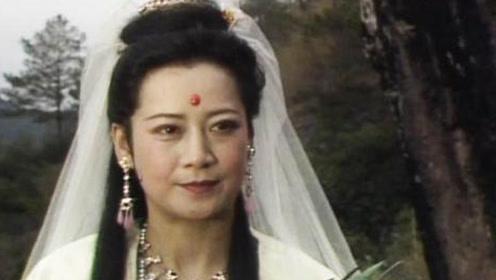 她拍摄《西游记》时怪事不断,演完后开始信佛,如今身份让人敬佩