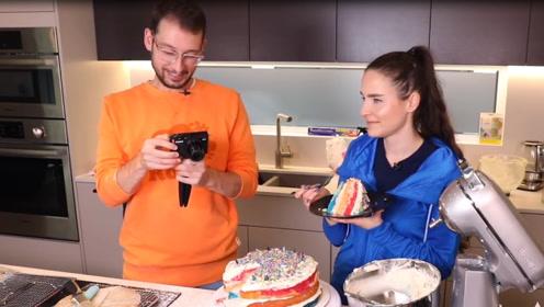 指甲油做的蛋糕有多有趣?老外奇葩挑战,网友:看看就可以了